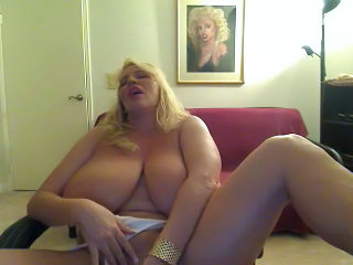 BBW Big Tits Masturbating MILF Natural Pornstar SaggyTits Webcam
