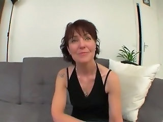 Amateur French Mature Mom