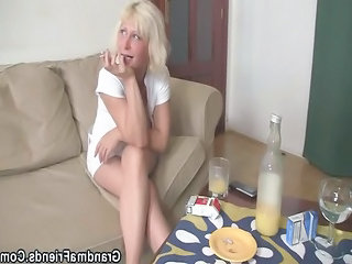 Amateur Mature Mom Old and Young Smoking