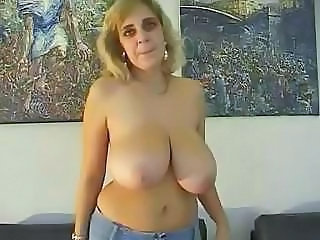 Big Tits Chubby Mature Natural SaggyTits