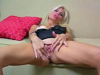 Masturbation MILF Fitta Solo