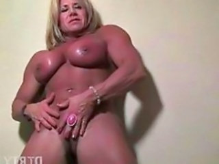 Clit Muscled