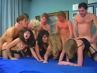Doggystyle Gruppesex Hardcore MILF Orgie Swingers Vintage
