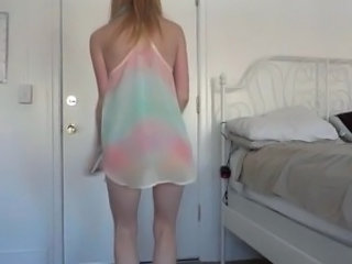 Cute Dancing Teen Webcam