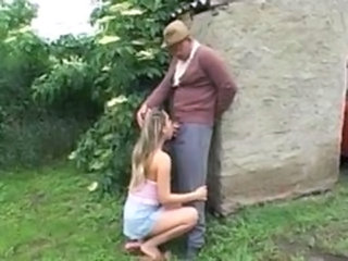 Blowjob Old and Young Outdoor Teen