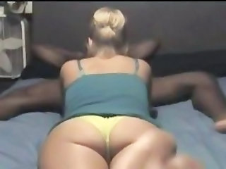 Amateur Cul Mamada Interracial Calces