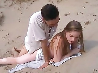 Amateur Beach Doggystyle Teen
