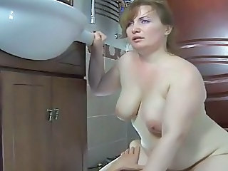Chubby Mature Riding Russian
