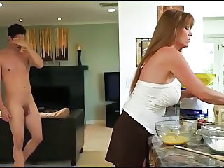 Milf likes what she sees