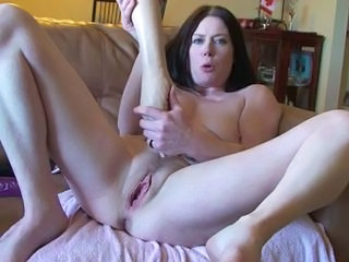 Amateur Fisting Masturbating Pussy Solo Toy