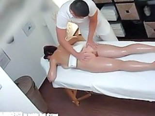 http%3A%2F%2Fwww.tubewolf.com%2Fmovies%2Fbusty-milf-gets-fucked-during-massage%2F%3Fpromoid%3DAlexZ