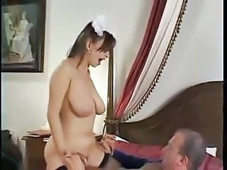 Babe Big Tits Hairy Maid Natural Riding SaggyTits