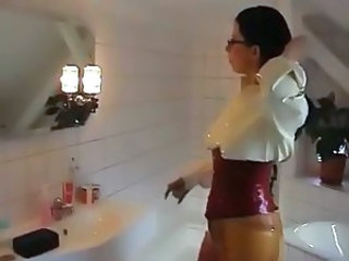 Amateur Bathroom Corset Fetish Glasses Latex MILF