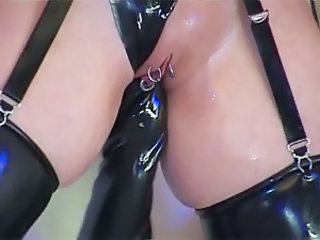 Fisting Latex Lesbisk Piercing