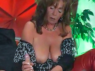 European German Handjob Mature SaggyTits