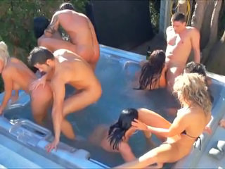 Groupsex Hardcore Orgy Outdoor Party Pool Swingers
