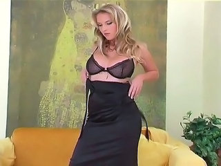 Babe Big Tits Cute Lingerie Masturbating Stripper