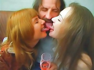 Amateur Daddy Daughter Family MILF Mom Old and Young Threesome