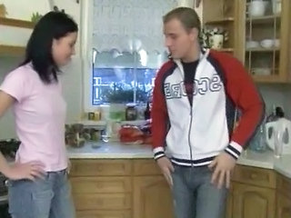 Jeans Kitchen Sister Teen
