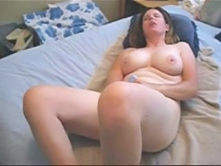 Amateur Homemade Masturbating Mature Mom Natural