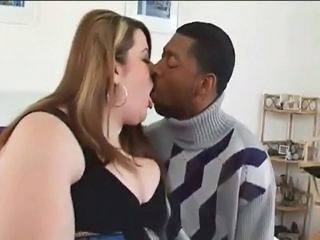 BBW Interracial Kissing