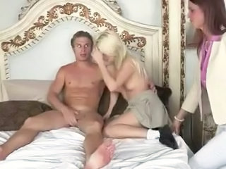 Daughter Family MILF Mom Old and Young Sister Teen Threesome