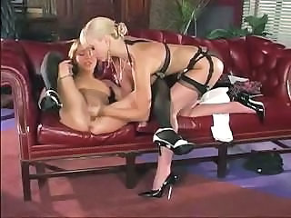 Lesbian Stockings Squirt