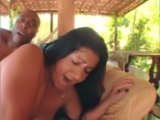 Hardcore Interracial Latina MILF Outdoor Pornstar