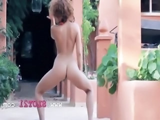 Amazing Ass Dancing Outdoor Solo Teen