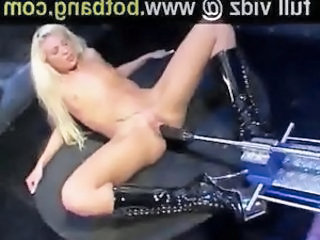 Babe Blonde Machine