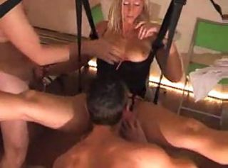 Hot Threeway Fuck For Blonde Mature In Sex Swing
