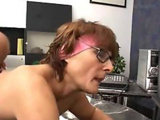 Mature Cleanwoman Fucked In Office