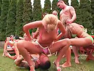 Facesitting Orgy Outdoor