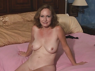 Amateur Mature SaggyTits Shaved