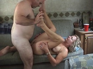 Amateur Homemade Mature Swingers Wife