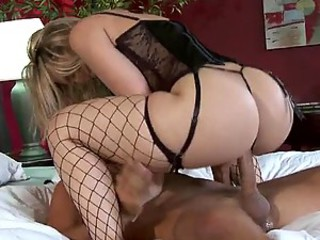 Big Ass Blonde Babe Gives her Big Cock Husband Some Hardcore Sex