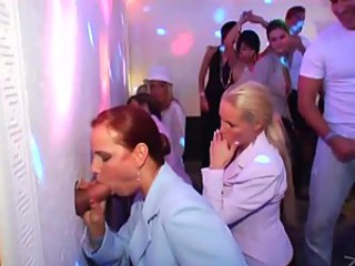 Blowjob Gloryhole Groupsex Party