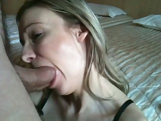 Cum hungry amateur girl