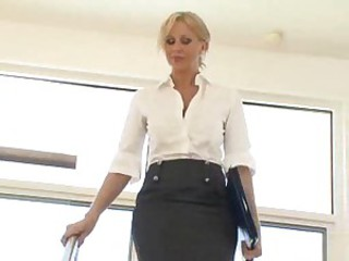 Milf pornstar fucked in pussy then ass