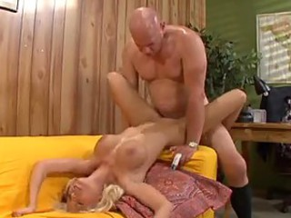 Older dude and blonde slut get it on