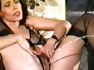 Longest pussy squirt in history!