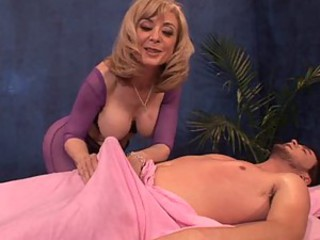 Nina Hartley gives handjob
