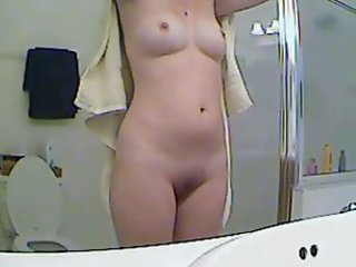 Amateur beauty in the shower