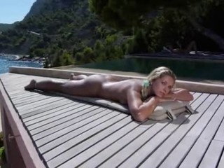 Cute Erotic Outdoor Solo