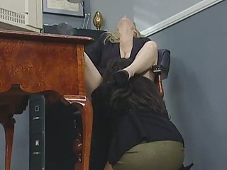 Danni - Zoe - Laurie - Veronica Spy Who Rubbed Me