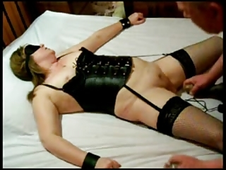 See My Submissive Wife ! Amateur