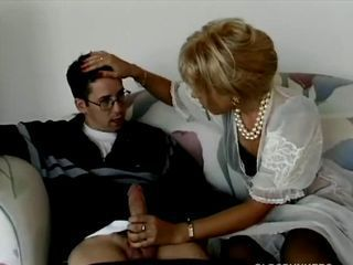 Blonde milf buttsex with youn...