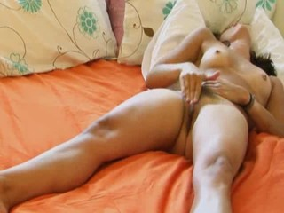Slim Teen Rubs Out An Intense...