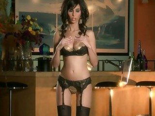 Jaime Hammer strips nude in a bar and plays with herself