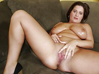 Chubby Cute Natural Oiled Pornstar Pussy SaggyTits Shaved